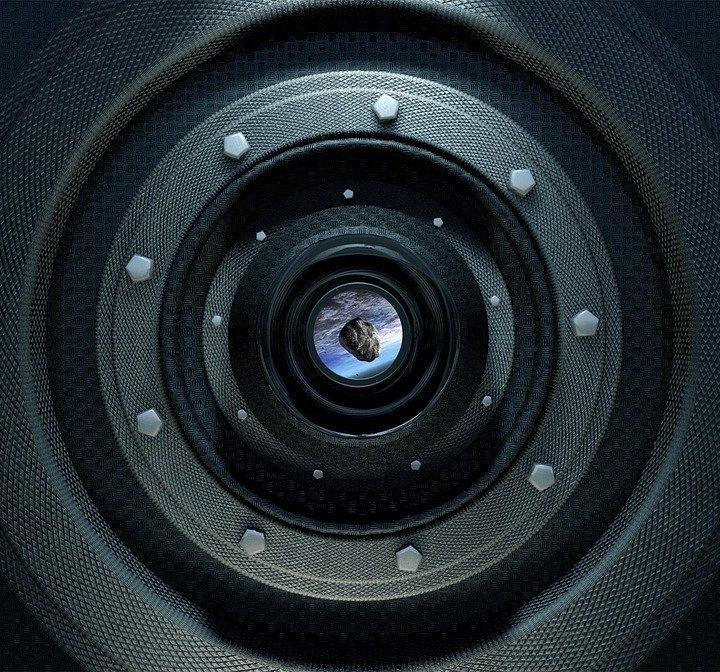 Kamery szpiegowskie – w jakich sytuacjach warto z nich korzystać?